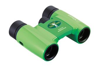 双眼鏡で参戦!もっとゴルフを楽しもう。日本ゴルフツアー機構とコラボレーション 競技委員用オリジナルデザイン双眼鏡を製作