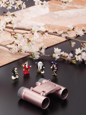 大阪松竹座とコラボレーション 双眼鏡レンタルなどキャンペーンを実施 舞台「空ヲ刻ム者」公演に合わせ天体望遠鏡を展示中
