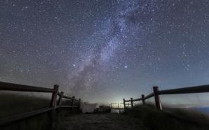 【星空の世界遺産】を目指す、東京都・神津島のダークスカイ・アイランド実証事業「神津島の星空撮影&観賞会モニターツアー」に協力