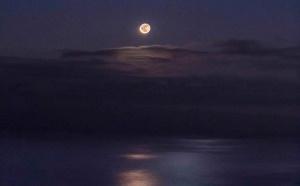 九十九里浜のリゾート施設NANJA MONJAにて開催されるイベント「月の出・ムーンロード&夏の星空鑑賞ツアー」に協力